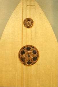 4 course Medieval lute, detail